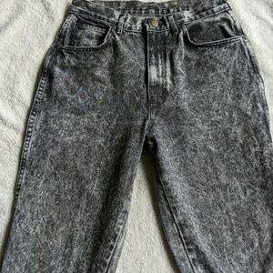 Vintage Chic Black Acid Wash Mom Jeans